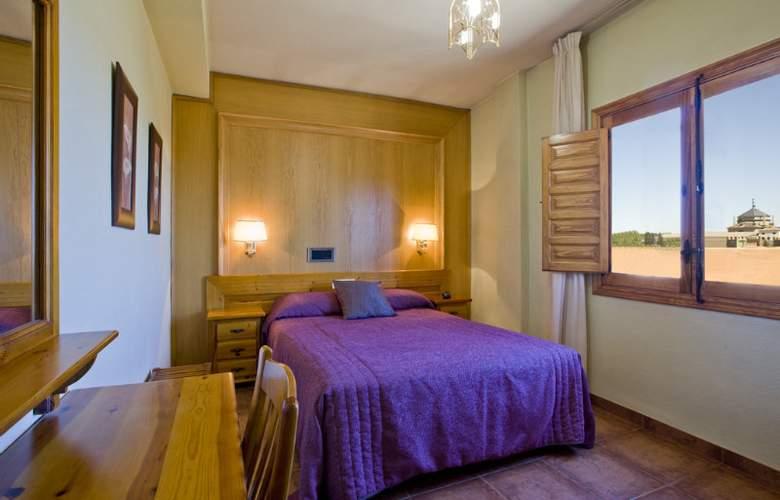 Real de Toledo - Room - 5