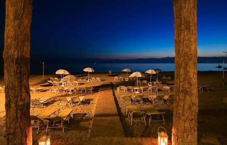 Island Beach Annex - Hotel - 1