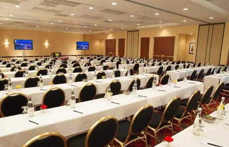 Marriott Suites Las Vegas - Hotel - 3