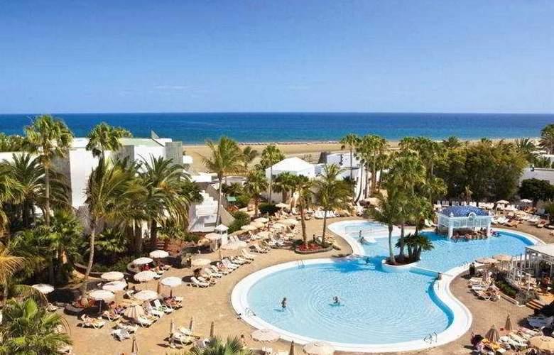 Fun4All Riu Paraiso Lanzarote - Pool - 5