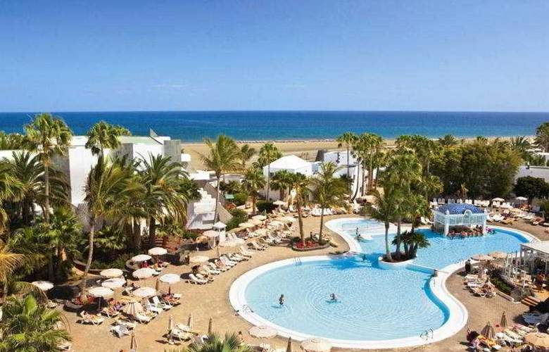 Riu Paraiso Lanzarote Resort - Pool - 6