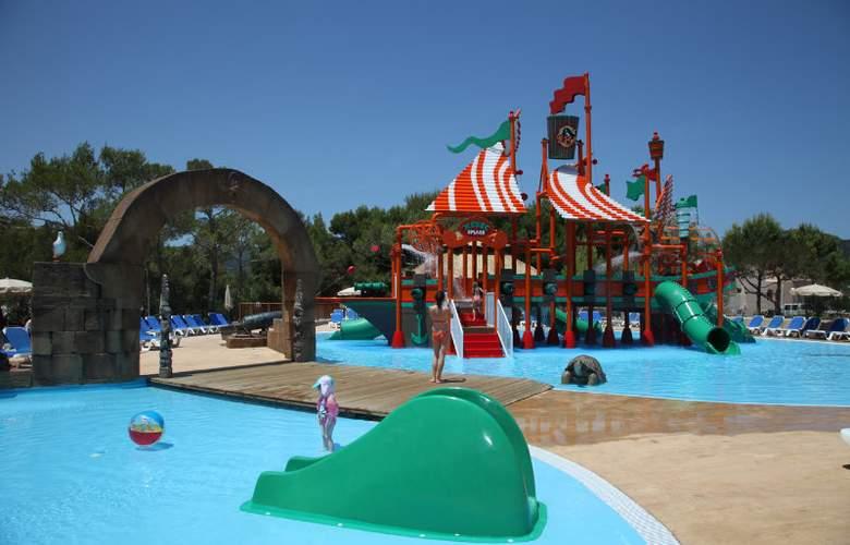 Invisa Hotel Cala Blanca - Pool - 8
