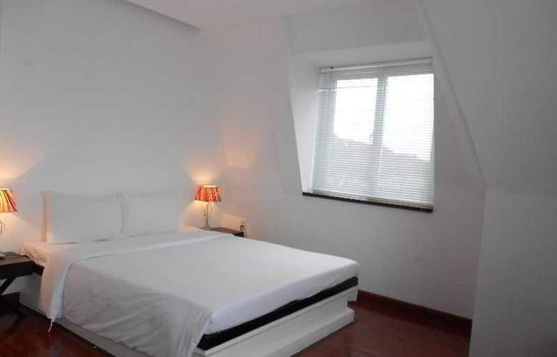 Paragon Villa Hotel - Room - 9