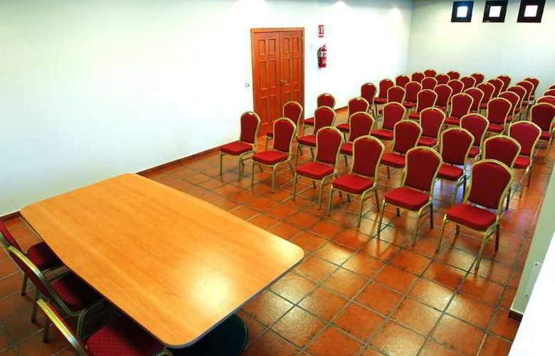 Chateau Viñasoro - Conference - 33