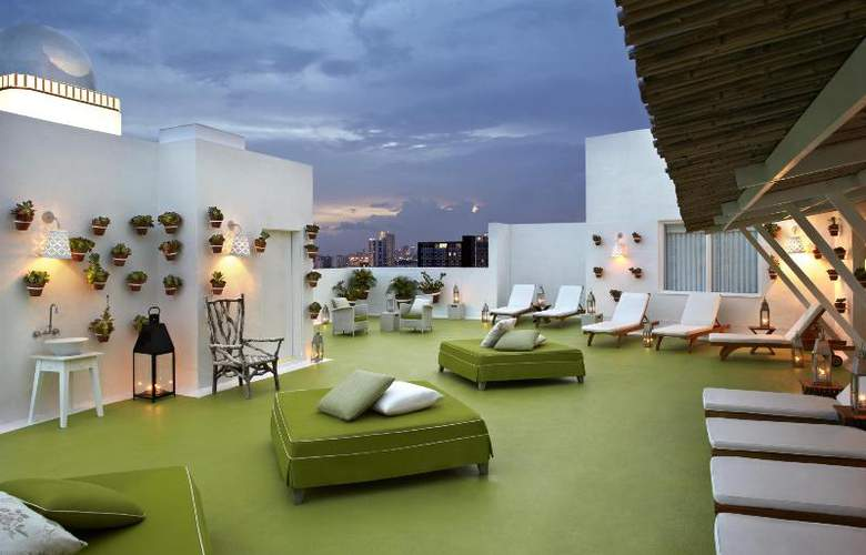Delano South Beach - Terrace - 12