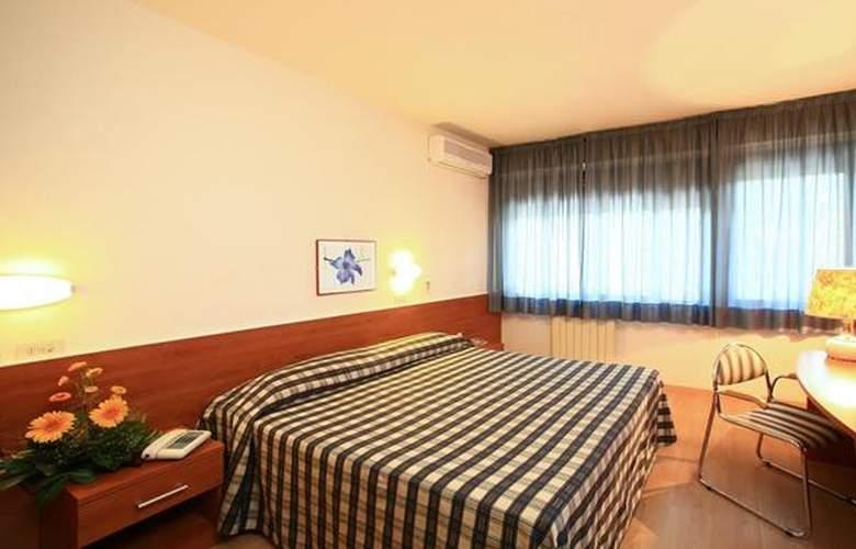 Anna Siena Nord - Hotel - 3