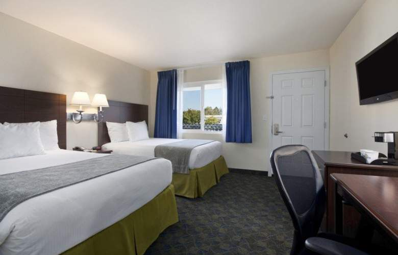 Days Inn Santa Maria - Room - 9