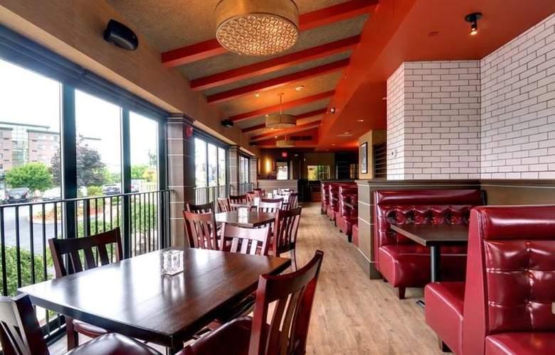 Best Western TLC Hotel - Restaurant - 89