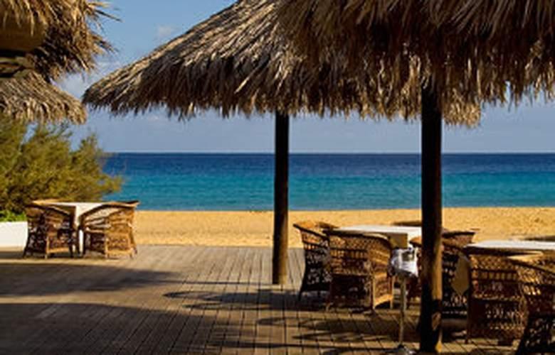 Porto Santo Hotel & Spa - Beach - 1