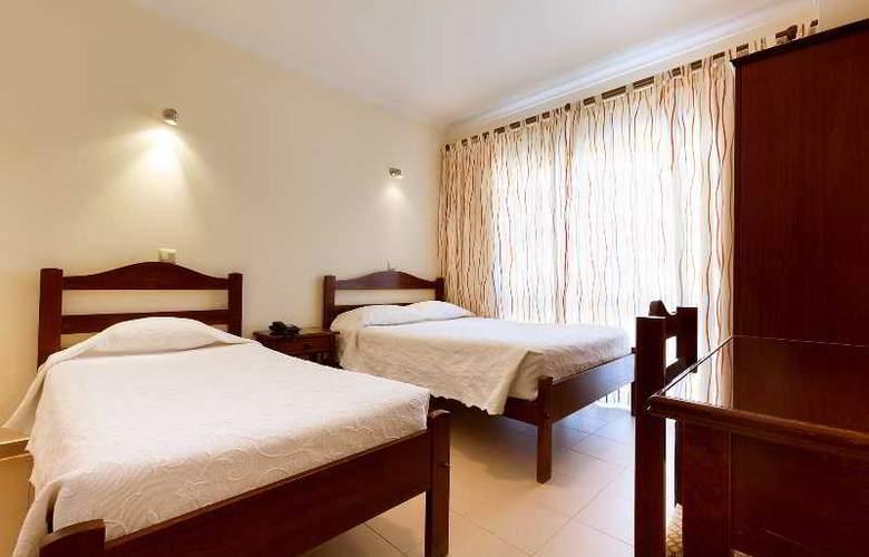 Ribeiro Hotel - Room - 6