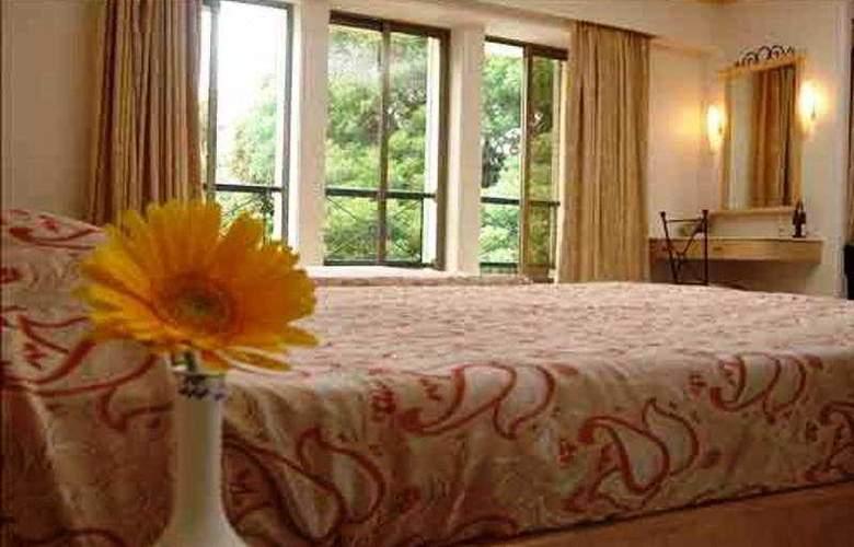 Garden Hotel Mumbai - Room - 4