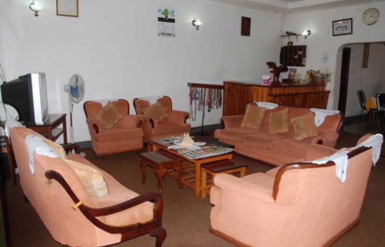 Centra Inn - Room - 1