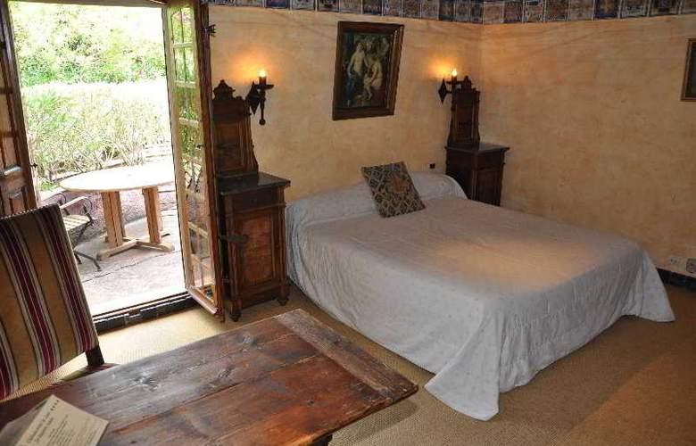 Château Hotel de la Vignette Haute - Room - 6