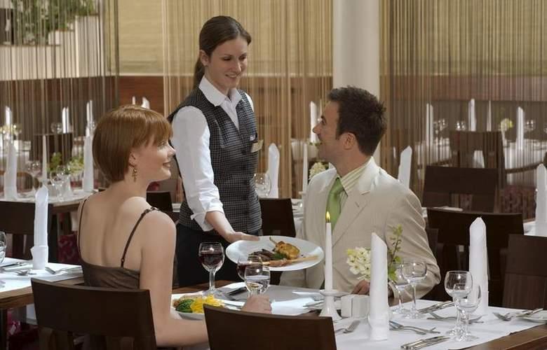Best Western Premier Hotel Villa Stokkum - Restaurant - 78