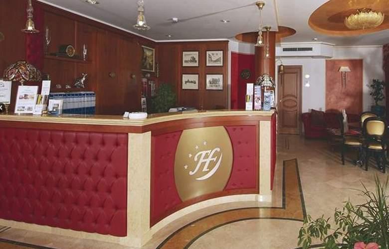 Fashion - Hotel - 1