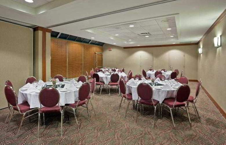 Holiday Inn Vancouver Airport-Richmond - Hotel - 12