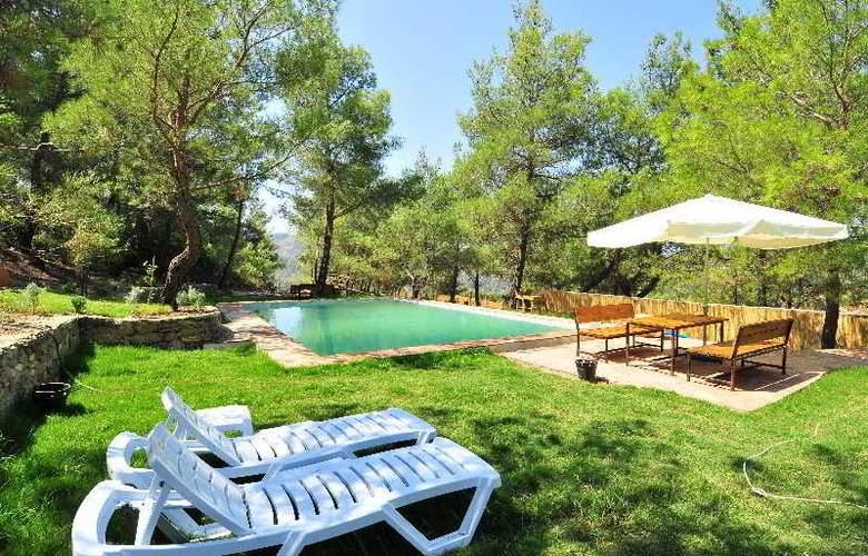 Kayserkaya Bungalows - Pool - 9