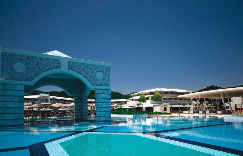 Hilton Dalaman Resort & Spa - Pool - 5