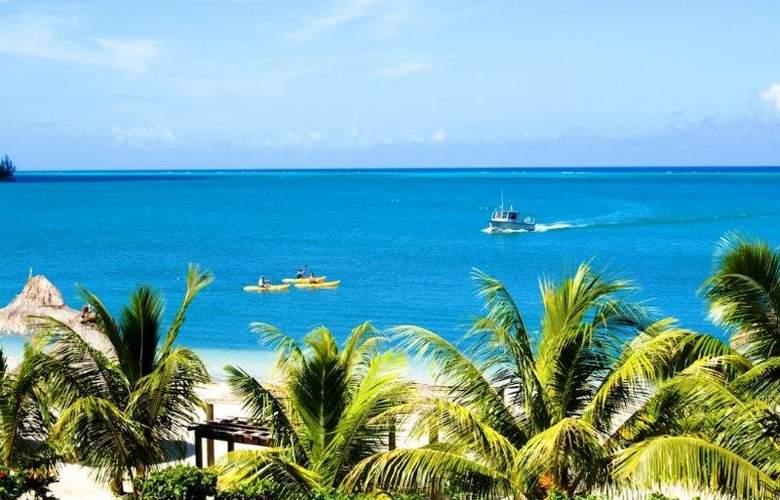 Turquoise Bay Resort - Beach - 4