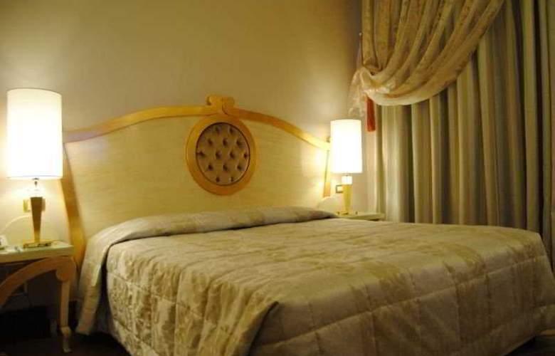Zanhotel Tre Vecchi - Room - 6