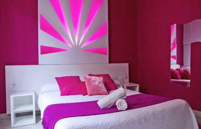 Nest Style Granada - Room - 13
