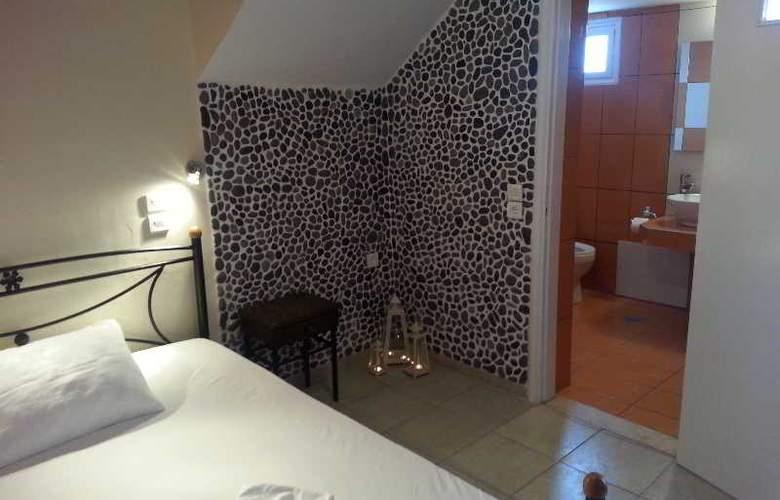 Pension Livadaros - Room - 6
