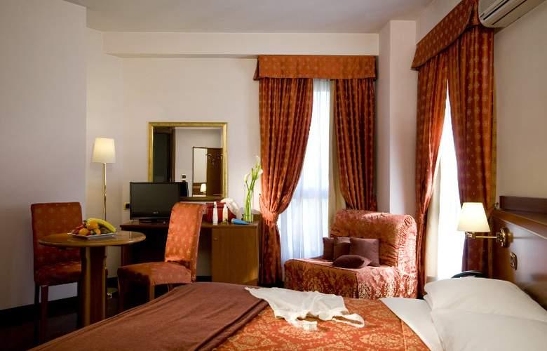 Excel Roma Ciampino - Room - 6
