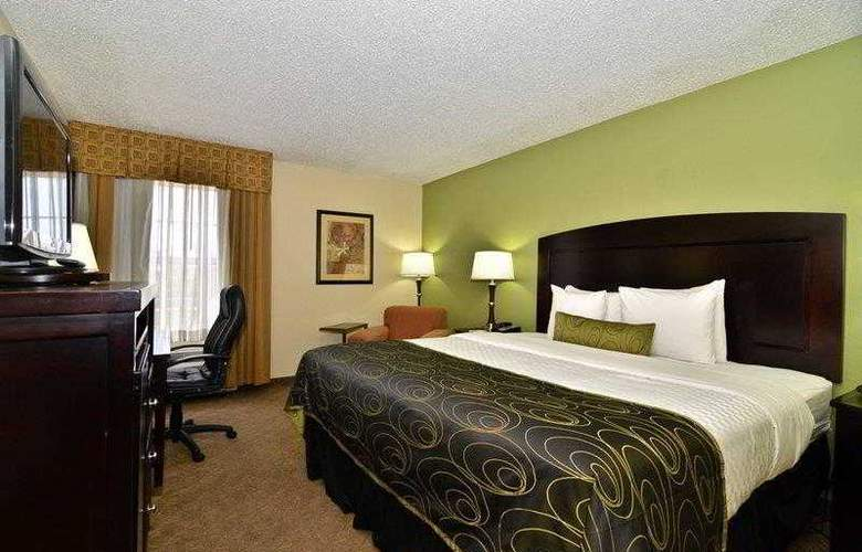 Best Western Plus Addison Galleria Hotel - Hotel - 10