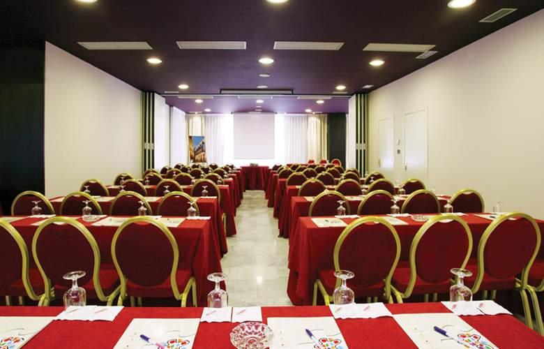 Sercotel Madrid Aeropuerto - Conference - 17