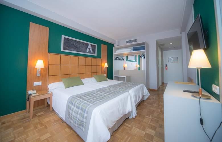 Gran Hotel Jaca - Room - 8