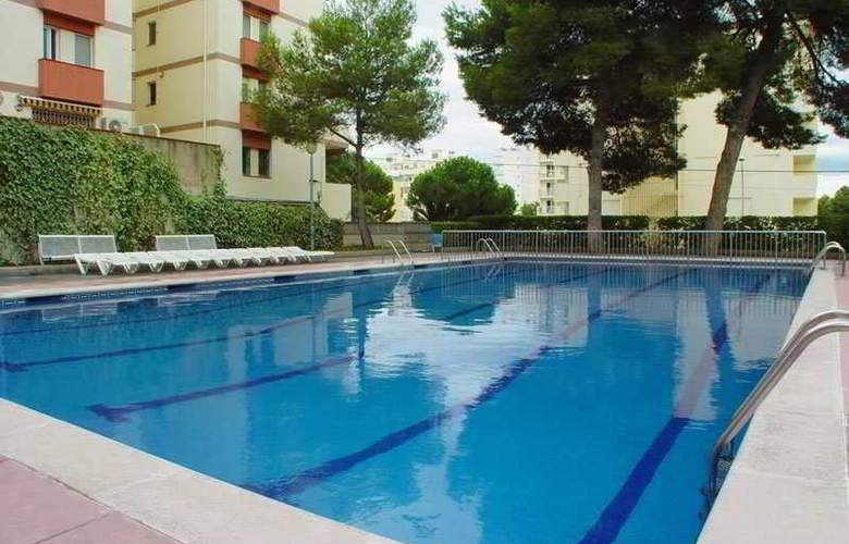 Inter Apartments - Pool - 3