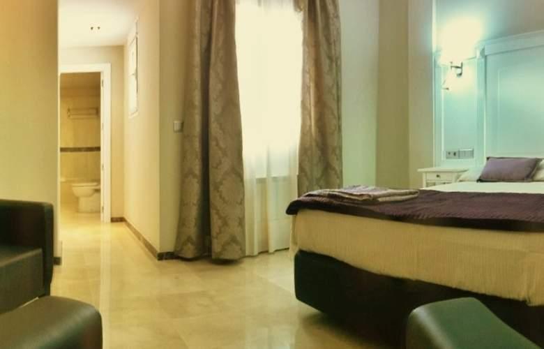 Sevilla - Room - 2