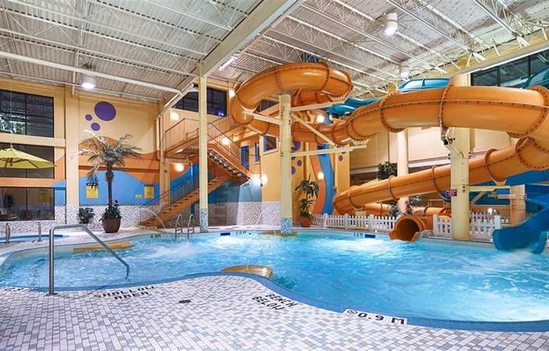 Best Western Port O'Call Hotel Calgary - Pool - 111