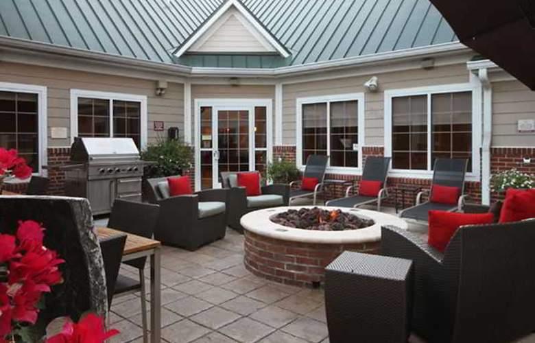 Residence Inn Houston The Woodlands/Market Street - Terrace - 5