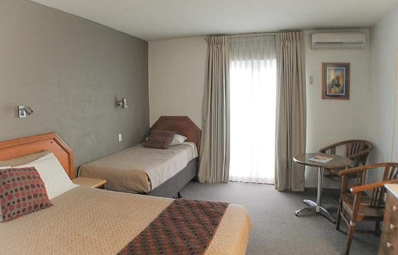 Best Western Airport Hacienda - Room - 44