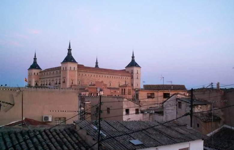 Oasis Hostel Toledo - Hotel - 0
