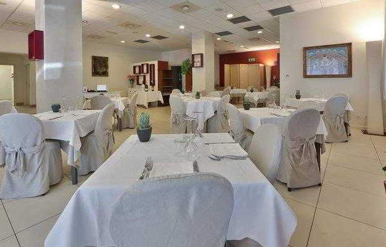Best Western Cristallo - Hotel - 19
