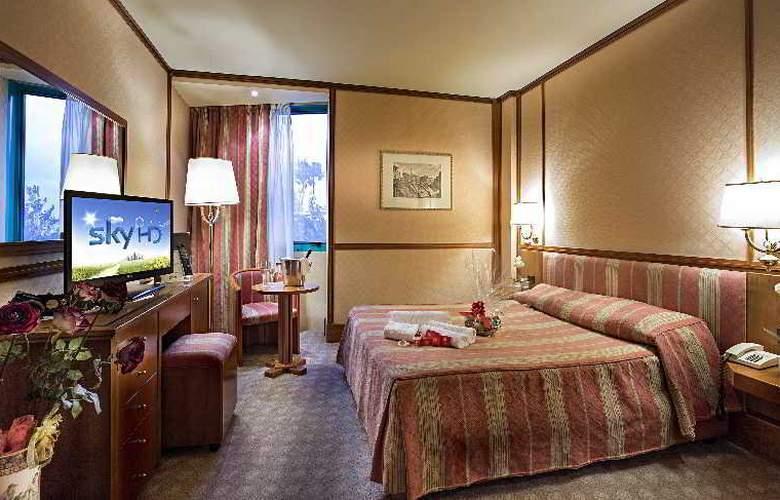 Grand Hotel Duca d'Este - Room - 8