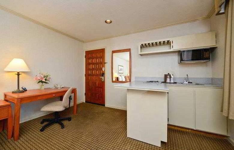 Best Western Plus Mountain View Inn - Hotel - 3