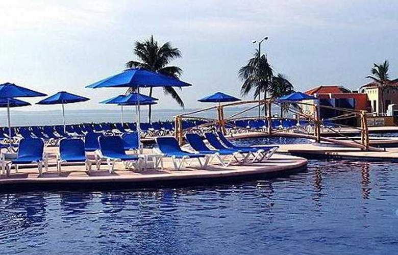 Holiday Inn Veracruz Boca del Rio - Pool - 7