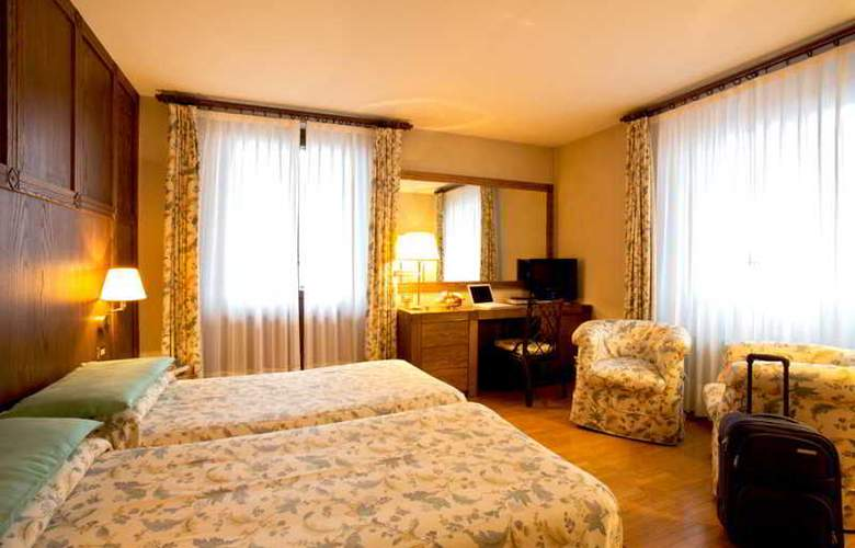 Savoia Palace - Room - 8