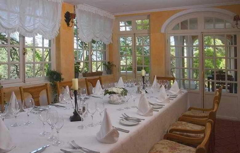 Lawrence's - Restaurant - 1