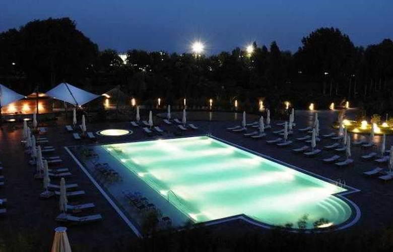 Atakoy Marina Hotel - Pool - 6