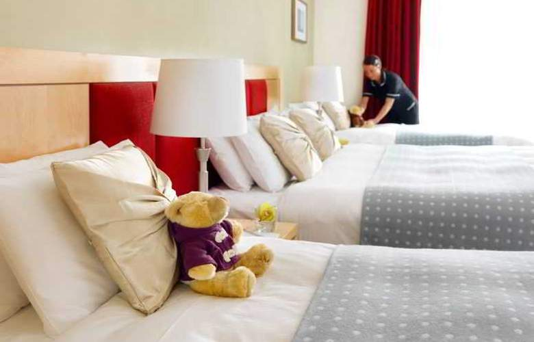 Pembroke Hotel - Room - 13