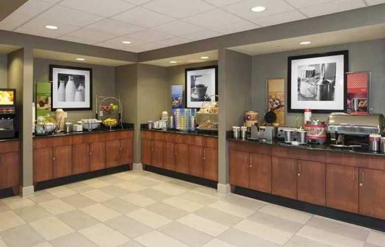 Hampton Inn & Suites Grand Rapids-Airport 28th - Hotel - 9