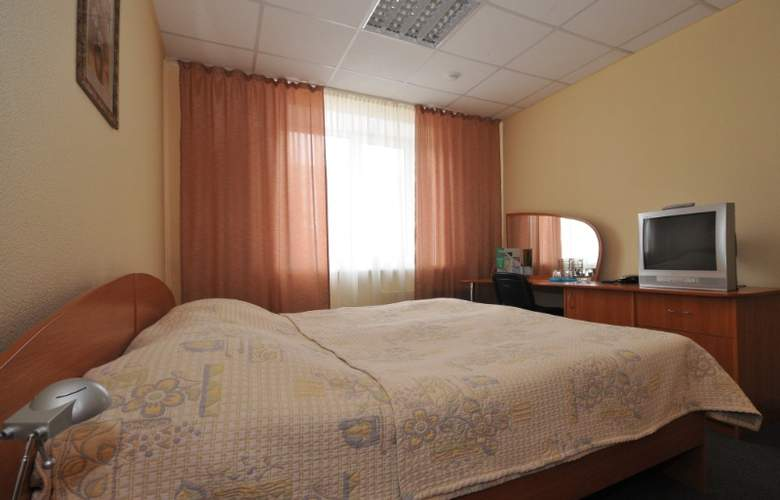 City Hotel - Room - 13