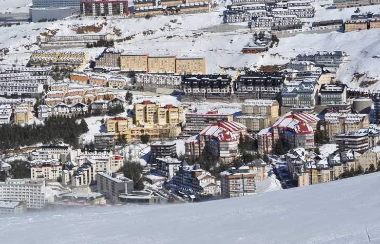 GHM Monte Gorbea - Hotel - 13