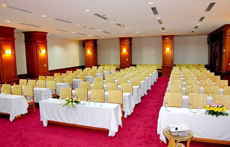 Green World Hotel Nha Trang - Conference - 6