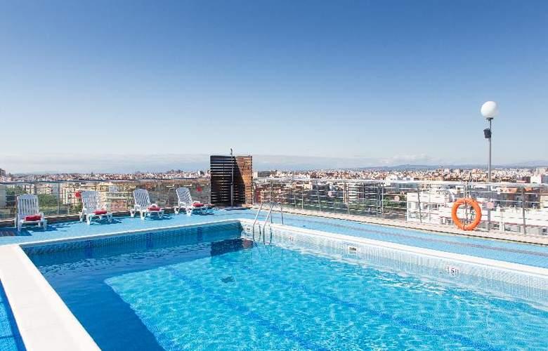 Expo Valencia - Pool - 36