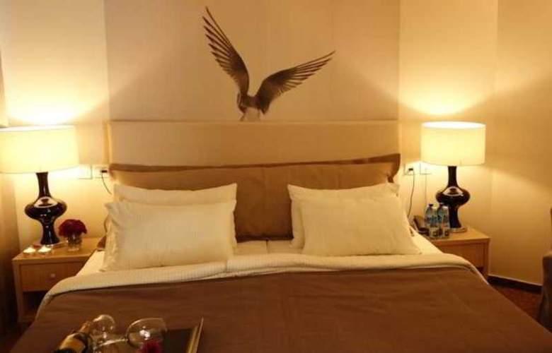 Acco Beach Hotel - Room - 8